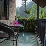 cottage1-balcony-manali